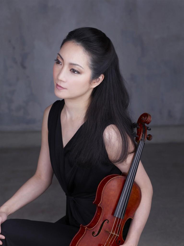 Akiko-Suwanai